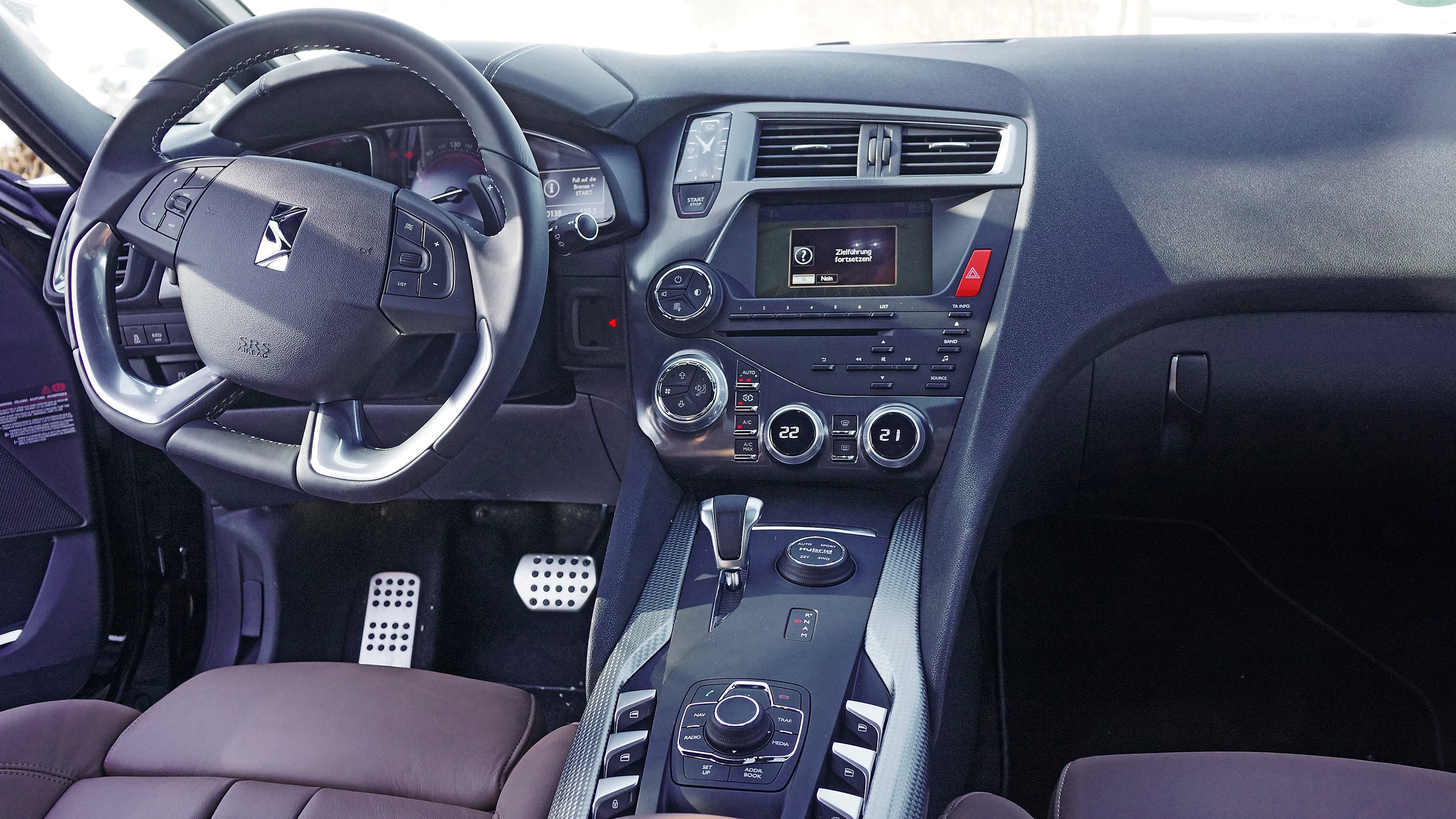 Citroen DS 5 Hybrid Cockpit