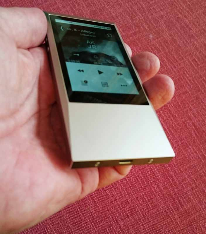 Astell & Kern junior