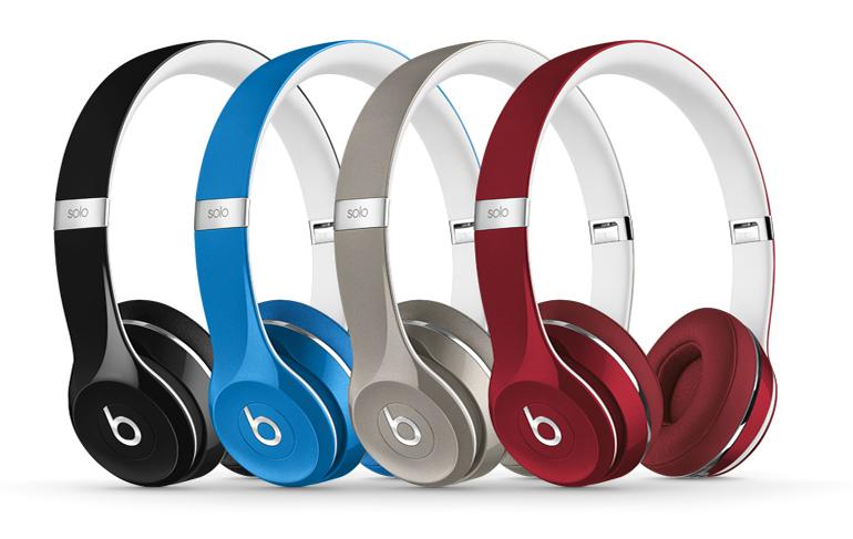 Kopfhörer gibt es heute in großer modischer Vielfalt. Die Apple-Tochter beats hat hieran ihren Anteil. (Bild: beats)
